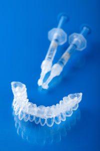 Lo sbiancamento dentale - cos'è e come funziona